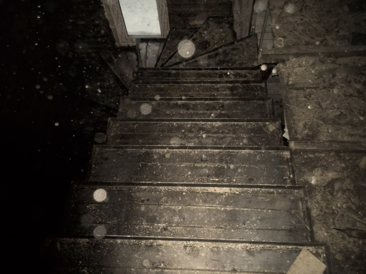 Лестница на мансардный этаж часовни