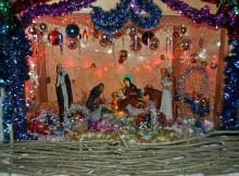 Рождественский вертеп во дворе храма Луки (Войно-Ясенецкого) в Березниках